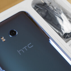 HTC U11 unboxing and first look!