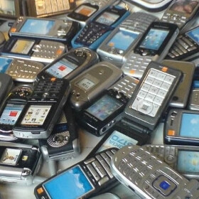 5 mobile phone features of the past that we actually miss