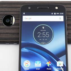 Moto Z Droid and Moto Z Force Droid both receive software update