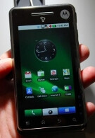 Motorola Motoroi and its little bump get a starring role on videos