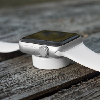 Picture from The third-generation Apple Watch is reportedly launching this year