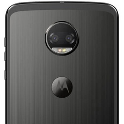 Picture from International Moto Z2 Force with 6GB RAM reportedly carries a 3.5mm headphone jack