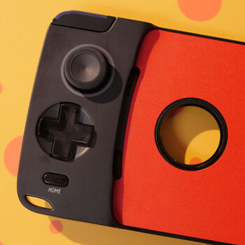 Moto GamePad hands-on: Super-charge gaming with the new Moto Mod