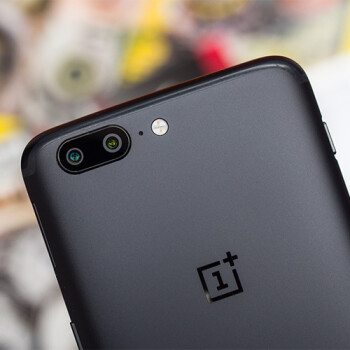 The Slate Gray OnePlus 5 is now available with 8GB RAM and 128 GB storage