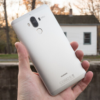Huawei Mate 10 Pro will be the only Mate 10 variant with a bezel-less design, new rumor claims