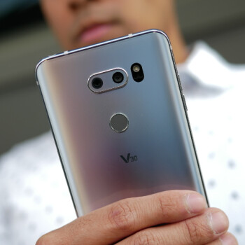 LG V30 hands-on: finally, a true Galaxy S8+ rival!
