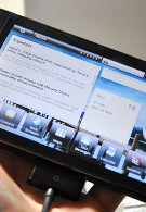 Android cellphone plus Android tablet equals Dell Mini 5; video reveals docking station