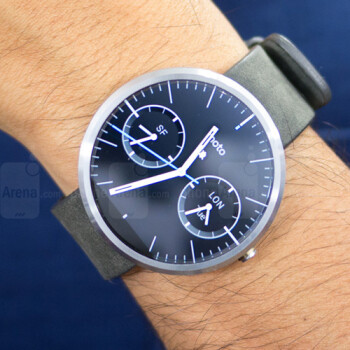 Stuck on Android Wear 1.0? Your watch will soon support standalone apps