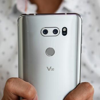 LG V30's