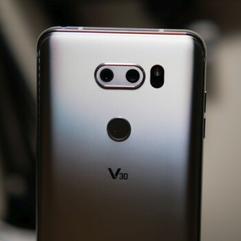 How to achieve that cinema style look with the LG V30