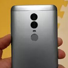Real-life images of the Xiaomi Redmi Note 5 leak out: 18:9 display, dual cameras