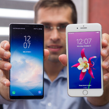 With the iPhone 8, Apple surrenders design leadership to Samsung