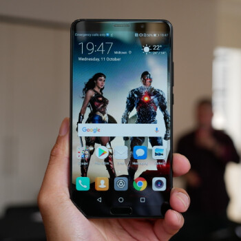 Huawei Mate 10 hands-on: Stepping up its game to flagship level