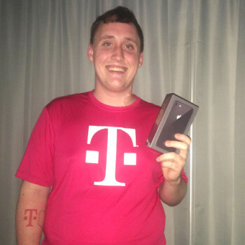 Man gets T-Mobile tattoo, receives a free iPhone 8