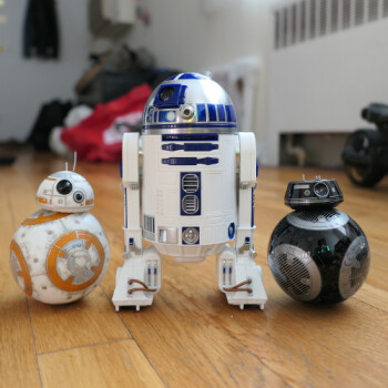 Sphero Star Wars BB-8, BB-9E, & R2D2 hands-on: smartphone-controlled droids