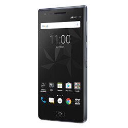 BlackBerry Motion to launch November 10th in Canada