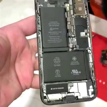 Teardown images give us a peek at iPhone X innards and its L-shaped battery