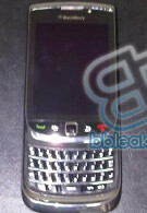 Picture of new BlackBerry slider revealed?