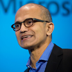 """Microsoft CEO Nadella insults two iPad owners; """"Get a real computer,"""" he says"""
