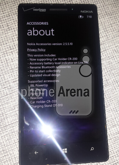 More pictures of the Nokia Lumia 929