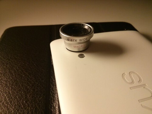 Nexus 5 camera ring magnet /all images courtesy of Patrick Schroedl
