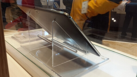 Picture allegedly shows the Samsung Galaxy Note Pro tablet - Picture of Samsung Galaxy Note Pro leaks