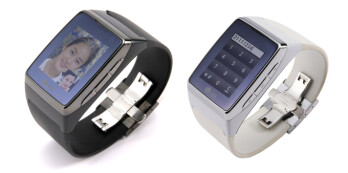 LG made its wearables debut with the GD910 in 2009