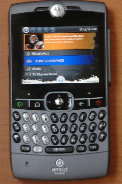 verizon gets black motorola q ampd gets one too rh phonearena com Motorola User Manuals L 403 Motorola RAZR V3 Manual