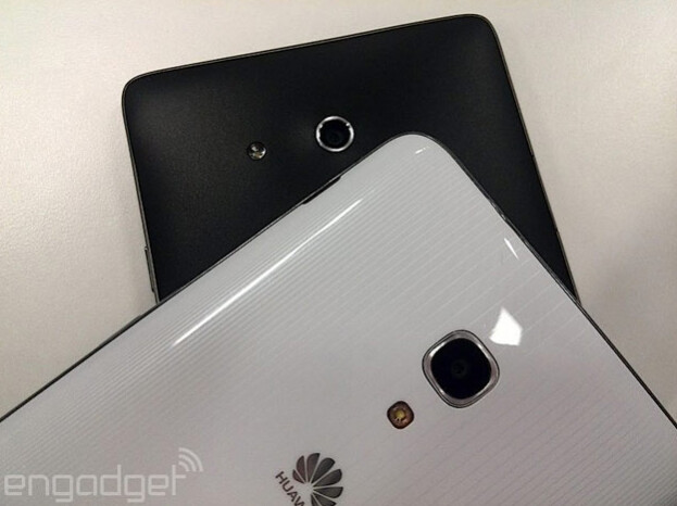 Huawei Ascend Mate in black, Huawei Ascend Mate 2 in white
