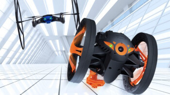Parrot lifts cover off Jumping Sumo: remote-controlled jumping toy rover