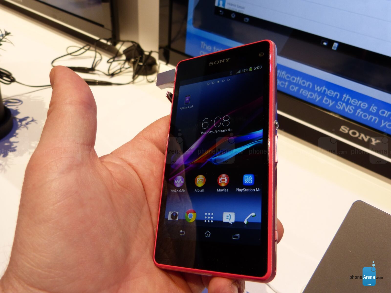 Sony Xperia Z1 Compact Unboxing and First Impressions  |Sony Xperia Z1 Mini