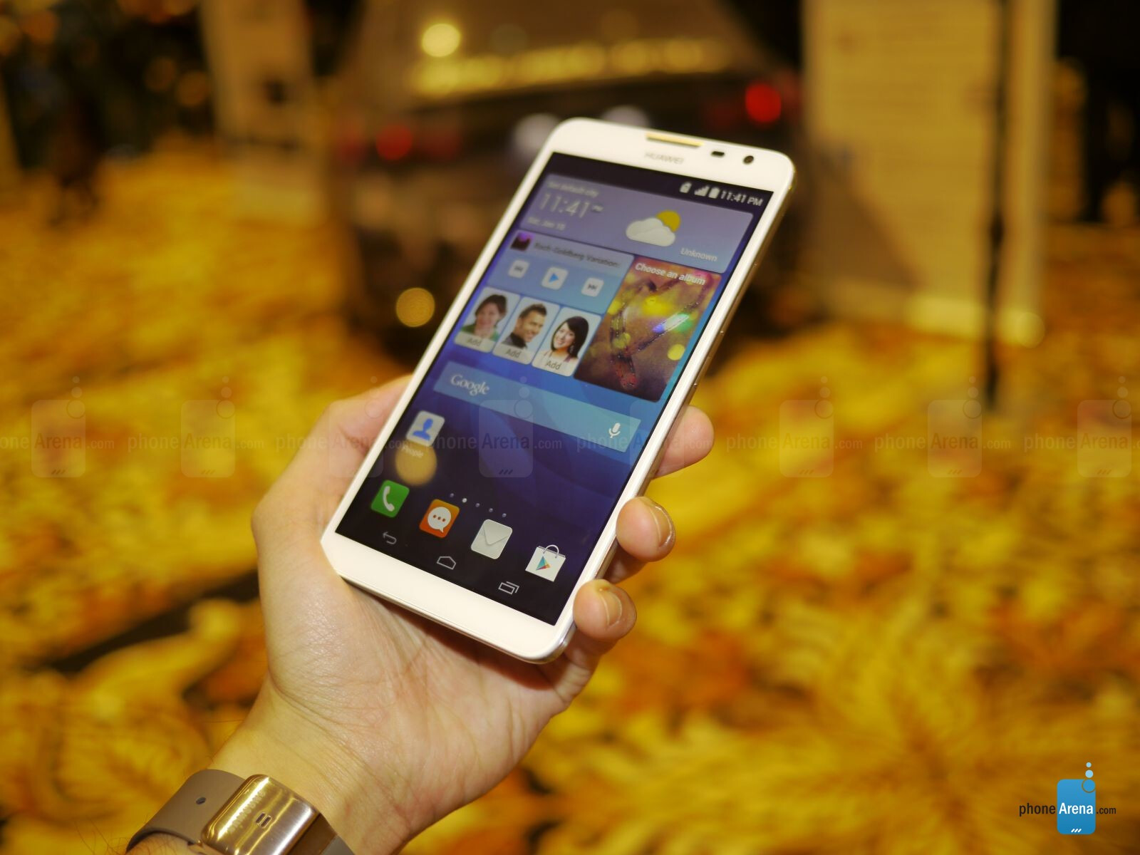 Huawei Ascend Mate 2 4G hands-on | PhoneArena reviews