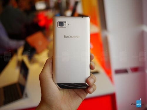 Lenovo Vibe Z hands-on photos