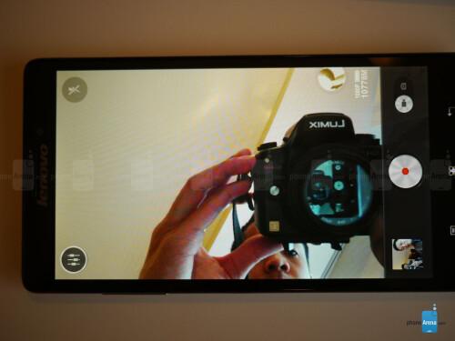 Lenovo Vibe Z hands-on photos