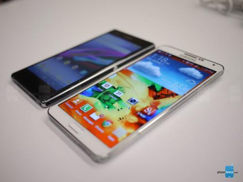 Sony Xperia Z1S vs Samsung Galaxy Note 3