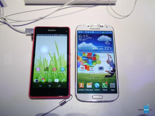 Sony Xperia Z1 Compact vs Samsung Galaxy S4