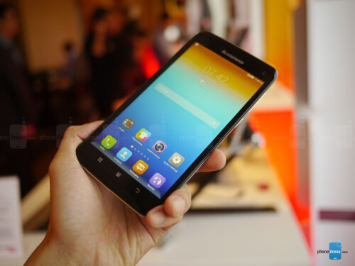 Lenovo S930 hands-on