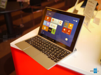 Lenovo Miix 2 10 tablet hands-on: innovative dock slot and a subwoofer