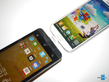 Asus ZenFone 5 vs Samsung Galaxy S4: first look