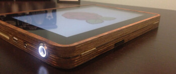 The PiPad is a homemade wooden tablet, powered by Raspberry Pi
