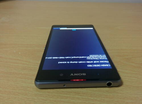 Comparing the D6503 and the Sony Xperia Z1
