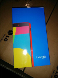 Google-Nexus-5-red-3.jpg