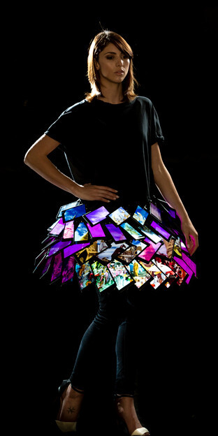 Fashion model wears skirt made of Lumia 1520 phones, doesn't complain about app gap