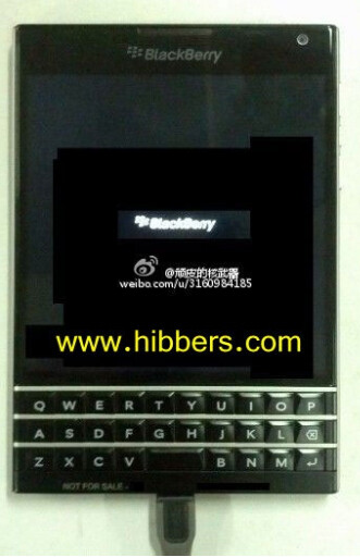 Leaked picture of unknown QWERTY enabled BlackBerry model