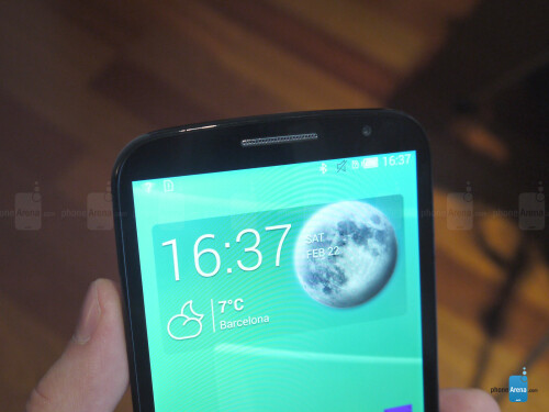 "Alcatel OneTouch POP S9 hands-on: LTE and a huge screen at a ""smart price"""