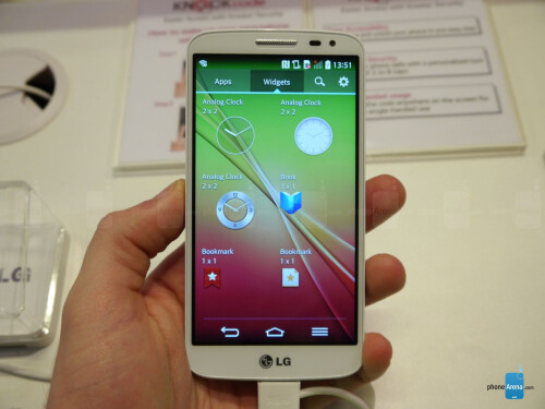 LG G2 mini hands-on images
