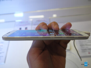 LG G Pro 2 hands-on: 5.9-inches of premium phablety goodness