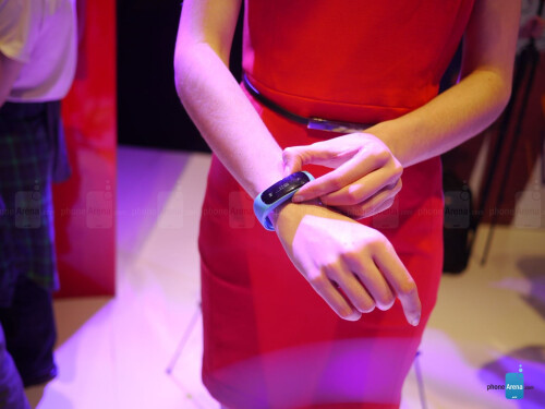 Huawei TalkBand B1 hands-on