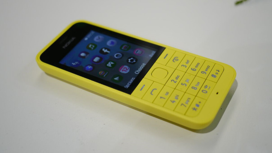 nokia 220 hands on cheapest data connected dual sim phone