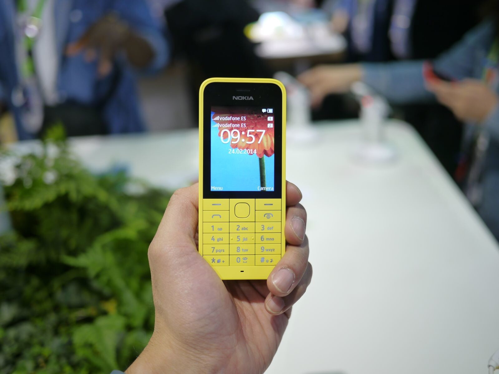 Whatsapp for, nokia 220 How can i download whatsapp for, nokia 220? Nokia 220 - User opinions and reviews